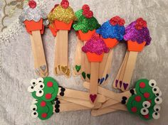 Toddler Crafts, Crafts For Kids, Arts And Crafts, Foam Crafts, Craft Stick Crafts, Science For Kids, Activities For Kids, Art Classroom Decor, Popsicle Stick Art