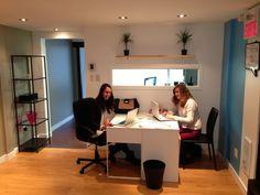 Petit aperçu de notre équipe en plein travail ! Desk, Club, Baby, Furniture, Home Decor, Writing Table, Homemade Home Decor, Desktop, Newborns