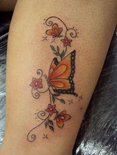 atuagens delicadas na panturrilha - lindos modelos de tattoo na panturrilha Ankle Foot Tattoo, Small Wrist Tattoos, Dad Tattoos, Love Tattoos, Tattoos For Dad Memorial, Leopard Print Tattoos, Unique Butterfly Tattoos, Tattoos With Kids Names, Aesthetic Tattoo