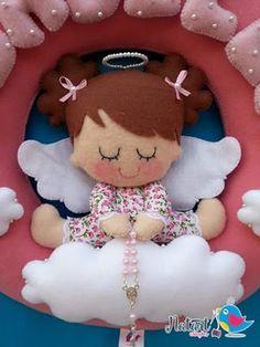 Molde de boneca para guirlanda Baixar molde de boneca para decoração de guirlanda - Molde de Anjinha em feltro