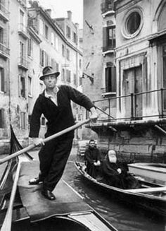 Gondolas, Venice, Italy 1947 by Alfred Eisenstaedt http://www.gallerym.com/pixs/photogs/ea/selections/pages/Gondolas%20Venice%20Italy%201947.htm