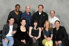 Star Trek Voyager actor Garrett Wang posted in his Facebook page this rare photo of some of the shows cast members in a recent Star Trek convention, including Robert Beltran, Jeri Ryan, Alice Krige, Tim Russ and Ethan Phillips.