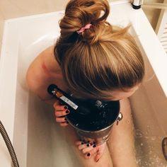 Beauty in Rezidence Vysehrad Instagram Posts, Hair, Beauty, Beauty Illustration, Strengthen Hair