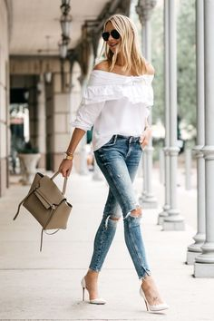 When you're travelling, you will want to find outfits that could readily get you in style. If you're wearing an understated outfit, you can complement. Preppy Summer Outfits, Casual Outfits, Fashion Outfits, Womens Fashion, Fashion Trends, Fashion 2017, Fashion Tips, Casual Chic, Super Moda