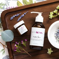Eye + features a host of amino acids, periwinkle, gotu kola and licorice & Neck + features turmeric, spriulina, yarrow and seaweed.  Both products contain vegan MSM that helps build connective tissue. . . . #skinowl #neckcream #whereskincarebecomesselfcare #eyecream #firming #smoothing #depuff #aloe  #greenbeauty #cleanbeauty #youthfulskin #firmskin #healthyskin #beautyregimen #greenskincare #greenbeautyproducts