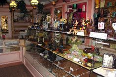 This chocolate shop in St Gengoux le National has wonderful chocolates!