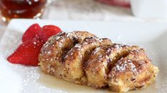 Blogger Arlene Cummings of Cooking With Sugar makes an Overnight French Toast with Pillsbury® refrigerated cinnamon rolls that will have the whole family jumping out of bed in the morning.