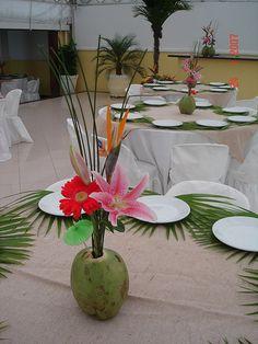 segredos da vovo  festa luau7 Aloha Party, Moana Birthday Party, Moana Party, Luau Party, Hawaiian Theme, Hawaiian Luau, Party Looks, Havana Nights Party, Hawaian Party