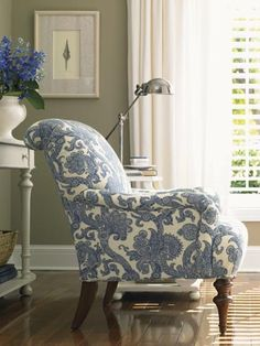 Blue-and-white chair. Image courtesy of Barclay Butera Interior design I knight thee Barclay Butera, King of blue and white and all things lovely. Ok, mayb. My Living Room, Home And Living, Lexington Furniture, Lexington Home, Patterned Chair, White Decor, New Furniture, Room Chairs, Upholstery
