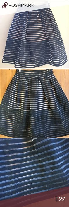 Jenn Black Skirt So beautiful and cool great preloved condition size large elastic waist 14 in flat measurements stretches to 15 1/2 inch waist 12 1/2 inch liner nude color some wear see pics just the fabric from wear really pretty nice condition💕💕 jenn Skirts A-Line or Full