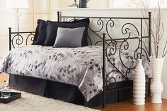 Google Image Result for http://wallbedsnmore.com/blog/wp-content/uploads/2010/11/specialty-linens-zephry-daybed21.jpg
