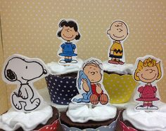 Charlie Brown and Snoopy Stick for Centerpieces by LoveToFiesta