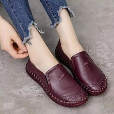 Espadrilles, Loafers For Women, Shoes Women, Leather Loafers, Cow Leather, Leather Moccasins, Leather Sandals, Types Of Shoes, Leather Fashion