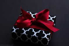 gift wrapping idea for Christmas presents