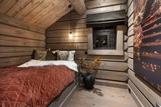 Modern Cabin Interior, Modern Rustic Homes, Interior And Exterior, Rustic Laminate Flooring, Cabana, Cabin Interiors, Home Technology, Forest House, Cabin Design