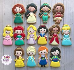 Cookies For Kids, Fancy Cookies, Iced Cookies, Cute Cookies, Royal Icing Cookies, Cupcake Cookies, Sugar Cookies, Disney Princess Cookies, Disney Princess Birthday