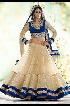 Lacha India. Fashion