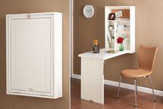使わないときはどこかに仕舞いたい、便利だけどちょっと場所を取るのが通常の折り畳み式簡易デスク。 でもこの「Wood Wall Mount Fold Out Convertible Laptop Desk」は、使わないときには壁の収納ラックのように省スペースに収まってくれる。