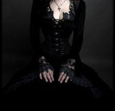 I need to find this dress so I can wear it under my Orchard Corset CS301 leather steel boned corset!!