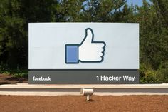 Like-Fueled Algorithm Knows Facebook Users Better Than Their Family | Popular Science - BUT NOT QUITE AS WELL AS SPOUSES