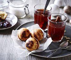 Vil du også allerhest bare have hele posen med æbleskiver for dig selv? #karenvolf #æbleskiver #jul