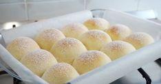 Fluffy Japanese Milk Bread Recipe (The SOFTEST Dinner Rolls Recipe) Fluffy milk bread - Bread Recipes Milk Bread Recipe, Bread Recipes, Cooking Recipes, Fluffy Bread Recipe, Dinner Rolls Recipe, Dinner Recipes, Cream Bun, Japanese Milk Bread, Dessert Bread