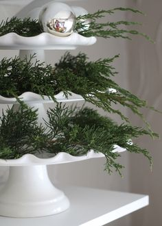 cake plates with greenery