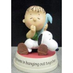 hallmark peanuts figurines   Amazon.com: Hallmark Snoopy PAJ3307 Linus & Snoopy Figurine ...