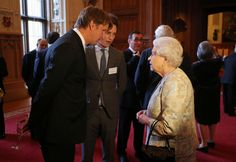 (*squeal*) Tom Hooper and Eddie Redmayne and THE QUEEN at the British Film Industry Reception...oh to be the Queen, LOL!