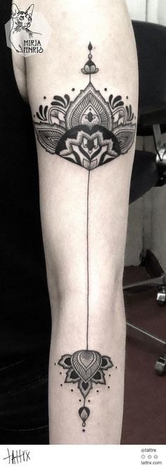 Back of leg with line down to the bottom and design above ankle... cute