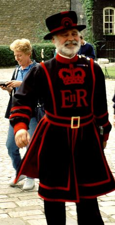 London - Yeoman-Warder-Beefeater im Tower