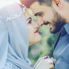 2 Lines Love Poetry Cute Couple Images, Cute Couple Poses, Couple Photoshoot Poses, Couples Images, Couple Posing, Couple Shoot, Wedding Photoshoot, Couple Pictures, Indian Wedding Couple Photography