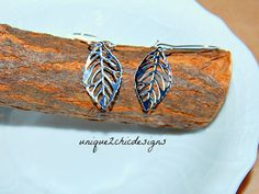 Fall will be upon us before we know it! Looking to spruce up your Fall wardrobe? Add that special touch with these lightweight leaves breezing in the wind! Beautiful skeleton leaf dangle from a french hook and dazzle in copper!  Pictures 2 and 3 show another kind of skeleton leaf earrings you can find in my shop here:  https://www.etsy.com/listing/204780433/leaf-earrings-silver-leaf-kidney-wire   These are very comfortable to wear and lead/nickel free. These have a drop of roughly 2 inches…