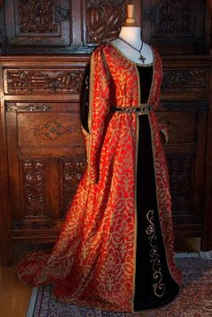 Reproduction Italian 15th Century Gown