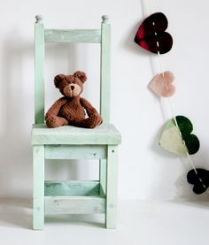 Stoelen - Kinderstoeltje Groen - Een uniek product van I-am-Recycled op DaWanda
