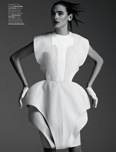 Vogue Brazil : Proporçao GG (Proportion LL)   the CITIZENS of FASHION