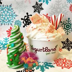 The King of Trolls has arrived! King Peppy brought by his favorite white chocolate peppermint to create the ultimate winter time froyo!🌲 #yogurtland