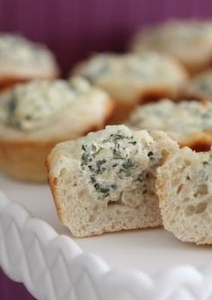 Mini spinach dip bread bowls. Must make these for my next party.