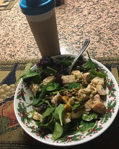 Dinner #bakedseasonedchicken #salad #toppings #delicious #healthy #athelete #bjj #mma #fight #love #glorytogod #amen #jesussaves #passion #crosstraining #crosstrain #oss #fitness #fitfam #scrap #comp #prep #idoitforgodsglory