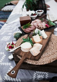 bohemian event, boho party, boho picnic, cheese platter, outdoor dining, pallet dining , jam session event, jam session party, cheese board, artisanal cheese board