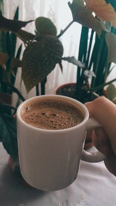 Amazing Food Photography, Coffee Photography, Aesthetic Coffee, Aesthetic Food, Sleepover Food, Food Snapchat, Coffee And Books, Coffee Cafe, Coffee Recipes