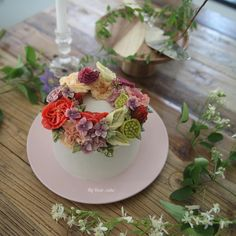 - Student work * using yellow buttercream - #flowercake #koreancake #cakedesign #cakeart #artist #cakeartist #floral #cakeclass #mydearcake #플라워케이크 #꽃스타그램 #flowercakeclass #RKFA #cakeclass #선릉 #마이디어 #꽃케이크 #강남 #삼성동 #디저트 #desert #마이디어케이크
