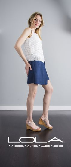 Tu fondo de armario con más tendencia. Tu falda en azul por 37 €  Pincha este enlace para comprar tu falda en nuestra tienda on line:  http://lolamodaycalzado.es/primavera-verano/574-falda-capri-azul-sophyline.html