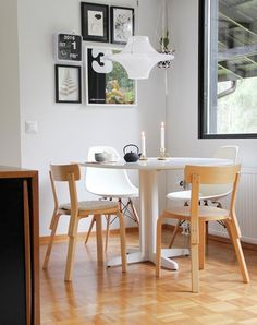 Artek keittion tuolit Scandinavian Interior, Scandinavian Style, Second Hand Kitchens, Alvar Aalto, Kitchen Chairs, Shelters, Finland, Interior And Exterior, Dining Room