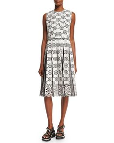 B33E1 Marc Jacobs Sleeveless Embroidered Lace Dress, White