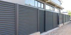 Lucrari garduri si porti metalice MODERNE SI REZISTENTE Garage Doors, Backyard, Outdoor Decor, Modern, Room, Furniture, Home Decor, Bedroom, Patio