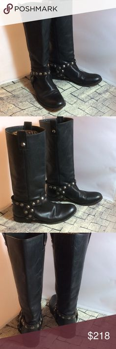 """FRYE Women's Melissa Honeycomb Boot Black SZ 9 GUC FRYE Women's Melissa Honeycomb Boot Black Size 9 GUC Leather Throughout  Made in Mexico Shaft measures approximately 14"""" from arch Heel measures approximately 1"""" Boot opening measures approximately 14 1/2"""" around. Good condition with creasing to leather model   All hex studs are intact. Frye Shoes Combat & Moto Boots"""
