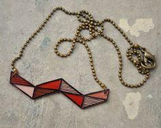 un joli collier géométrique chic! Retrouvez toutes nos fournitures pour DIY sur www.la-petite-epicerie.fr