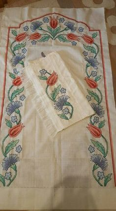 Towel Embroidery, Cross Stitch Embroidery, Hobbies And Crafts, Needlework, Gull, Carnations, Knitting, Crochet, Cross Stitch