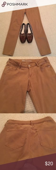 abb04bef73eb0 Old Navy tan jeans Tan old navyRock Star jeans, great stretch! Old Navy  Pants
